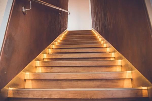 Treppen Renovierung Akoba Der Renovierer
